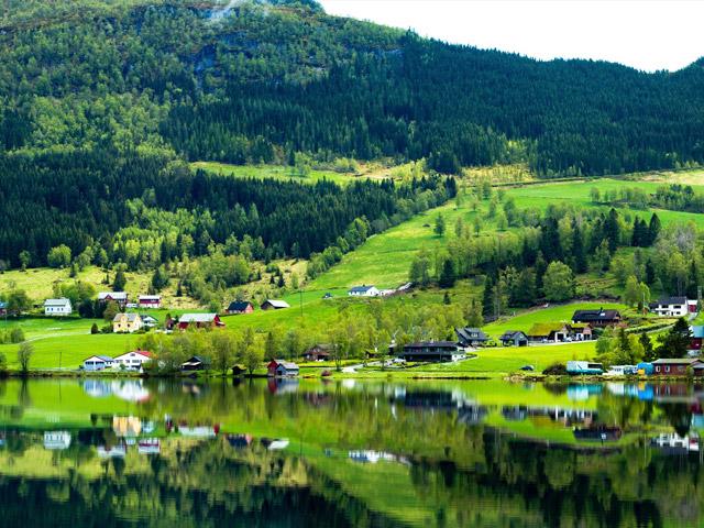Norsk småsamfunn på landsbygda